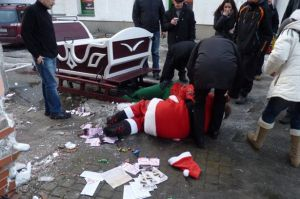 Drunken Santa and Helper injured in sleigh crash