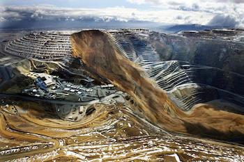 BinghamCanyon-landslide-april2013-Deseret
