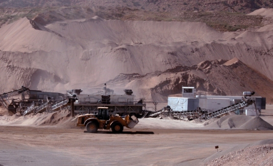gravel-pit-for-using-TL