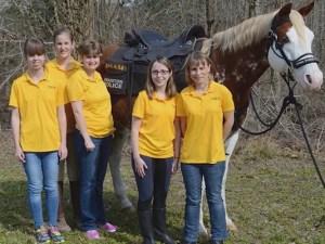 Smash and the Team Smash Girls: Katherine Richards, Ashley Billard, Meg Norman, Christi Roberts and Hillary Kern (Photo: KHOU) Click Image to View Video